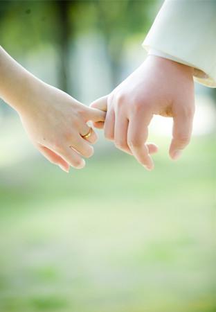 从牵手方式看你们感情深度,形象设计
