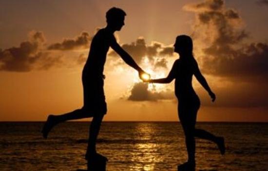 男朋友冷落我怎么办 记得学会换位思考,第一次谈恋爱该怎么谈