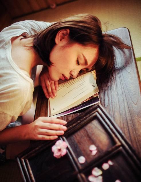 恋爱撒娇技巧 撒娇女人最好命小知识,技巧